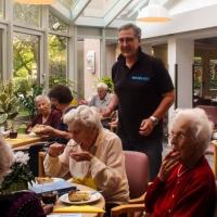 Die Zwiebelkuchen sind prima angekommen und alle Senioren sind zufrieden.