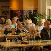 Die Senioren des Pflegeheims Obertor können kaum erwarten, bis das Fest losgeht.