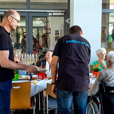 Das Holzofenfest im Pflegeheim Pliensauvorstadt mit tradition-ES wird zu einer jährlichen Tradition